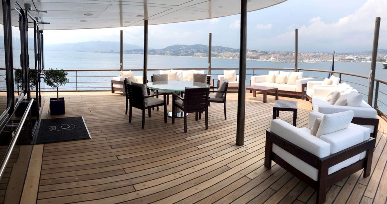 Chakra A Deck Outdoor Lounge