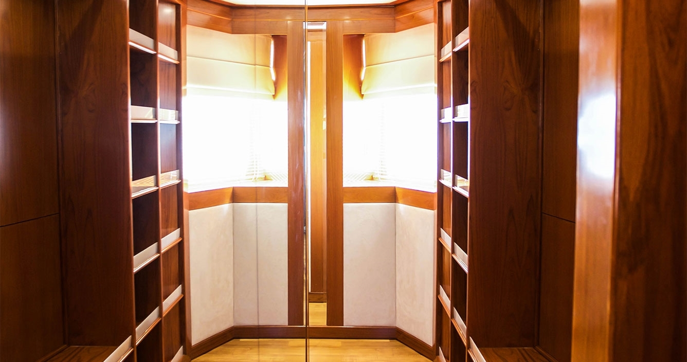 Aspire Upper Deck Owners Walk-in Closet